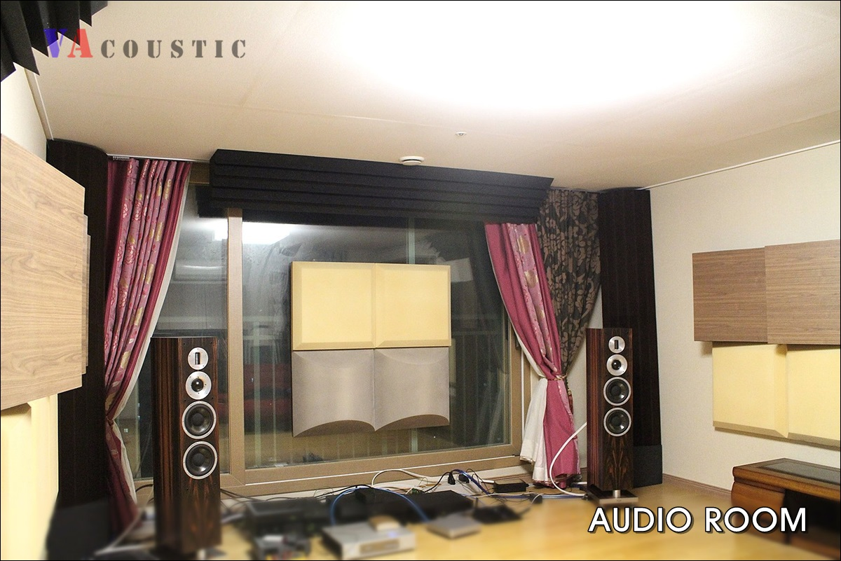 AUDIO_ROOM_BC01 1200px.jpg
